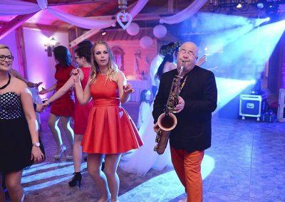 dj-wodzirej-dekoracje-swiatlem-saksofon-bydgoszcz-art-and-show-106