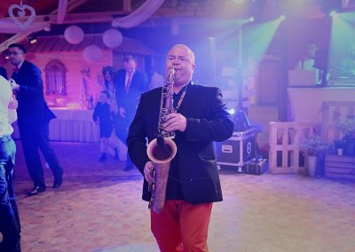 dj-wodzirej-dekoracje-swiatlem-saksofon-bydgoszcz-art-and-show-107